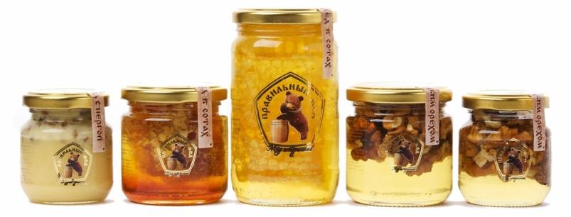 Мед с орехами ассорти